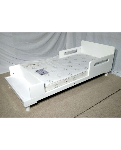 Mothers Choice Toddler Bed and mattress